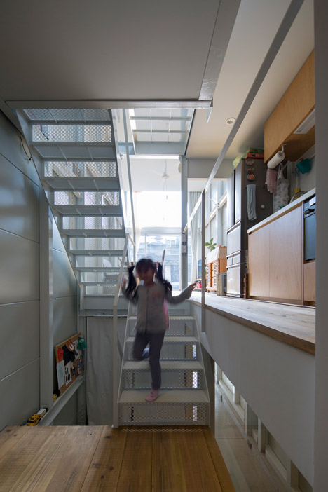 Kakko-House-Stairs-via-DeZeen